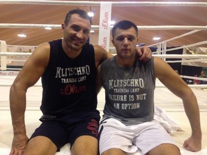 Боксер из Украины Сергей Радченко стает соперником Руслана Файфера на 19 мая в Краснодаре.