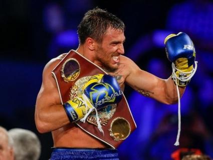 Василий Ломаченко стал боксером 2017 года по версии HBO