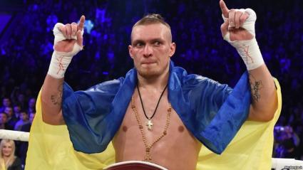Усик бросил вызов чемпиону мира из Латвии