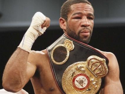 Питерсон освободил пояс WBA и может провести бой против Спенса