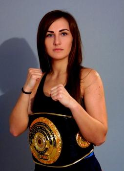 Марина Попова сразится за пояс 29 июля в Турции